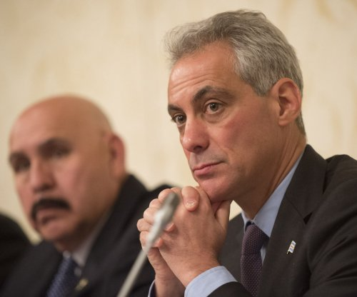 Chicago Mayor Rahm Emanuel faces runoff to keep seat