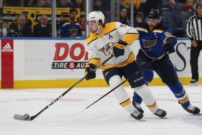 Filip Forsberg, Nashville Predators seek 2-0 lead vs. Colorado Avalanche