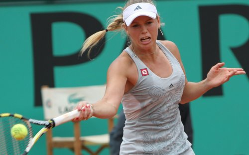 Wozniacki comes from behind for Danish win