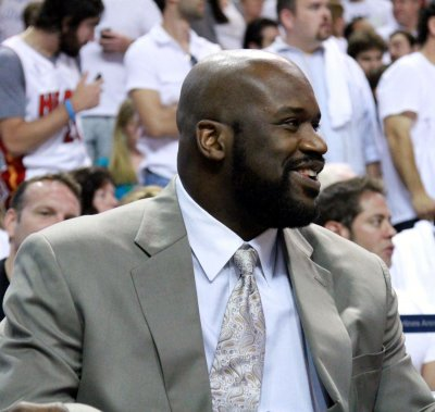 Shaquille O'Neal signs on with Turner Sports