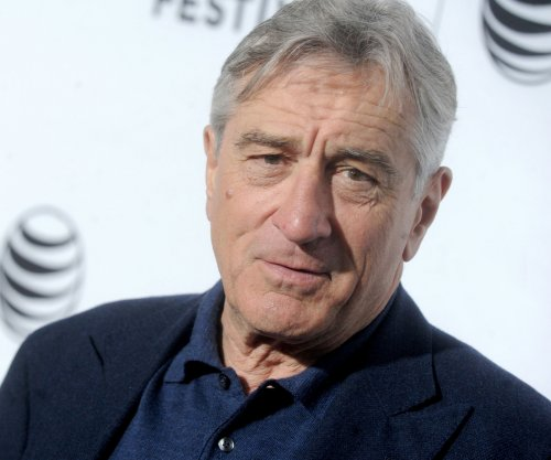 Robert De Niro drops F-bomb at NYU commencement ceremony