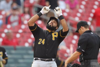 Pedro Alvarez lifts Pittsburgh Pirates to come-from-behind victory