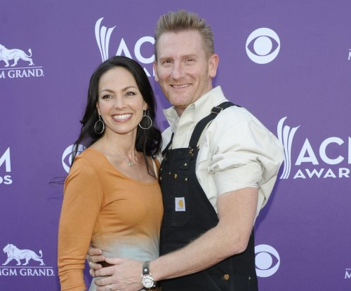 Rory Feek on mourning wife Joey: 'I don't know if I expected it to be as heavy as it is'