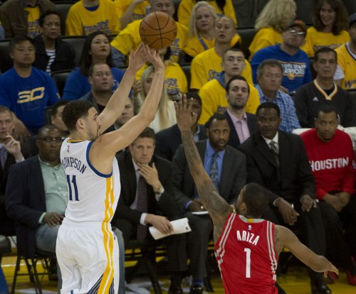 Golden State Warriors rally past Houston Rockets
