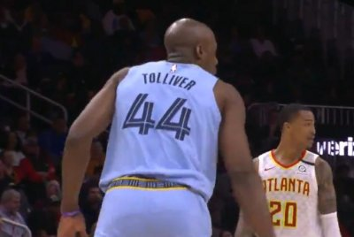Anthony Tolliver signs 10-day contract with Grizzlies, drops 12 points in debut