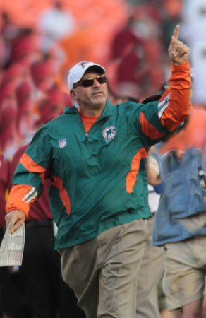 Struggling Dolphins fire coach Sparano