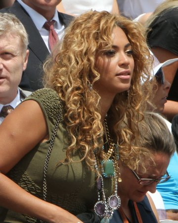 Beyonce donates Gadhafi money to Haiti