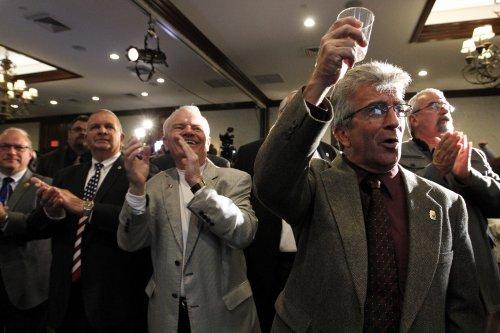 New Hampshire Senate race: Jeanne Shaheen projected winner over Scott Brown