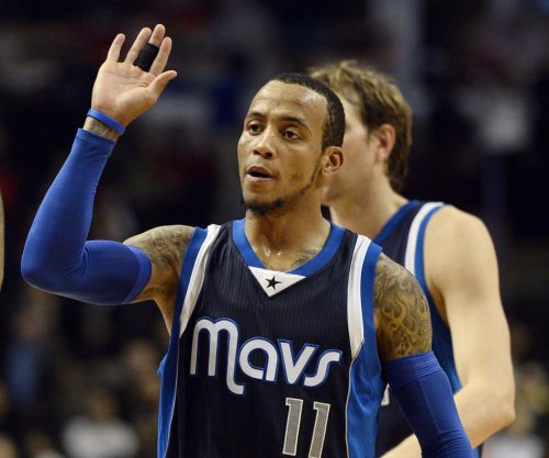 Monta Ellis, Mavs continue to roll with win over Bucks