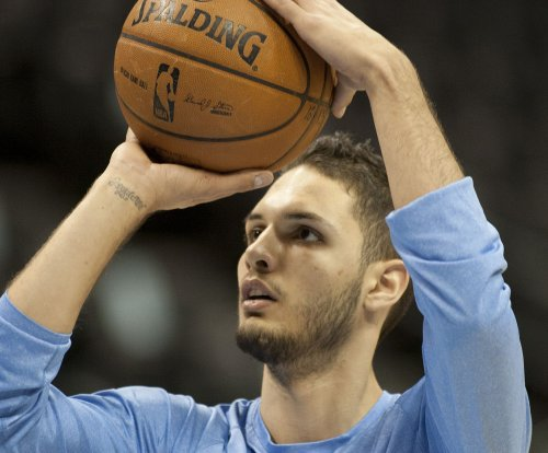 NBA: Magic extend qualifying offers to Fournier, Dedmon