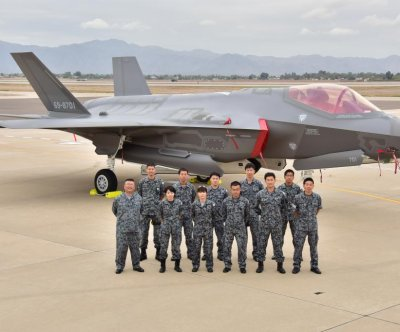Japan receives its first F-35 joint strike fighter