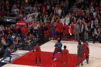 Mavs' Luka Doncic beats buzzer with prayer 3-pointer vs. Blazers