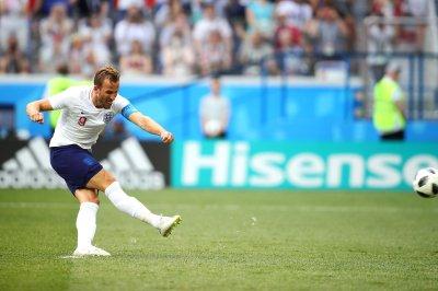Tottenham Hotspur star Harry Kane wants to be NFL kicker
