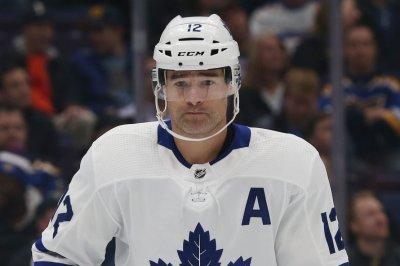 Toronto Maple Leafs trade Patrick Marleau to Carolina Hurricanes