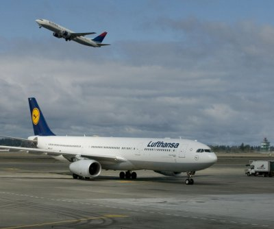 German government takes 20% stake in $10B Lufthansa bailout
