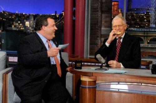 N.J. Gov. Chris Christie tells David Letterman he loves him on 'Late Show'