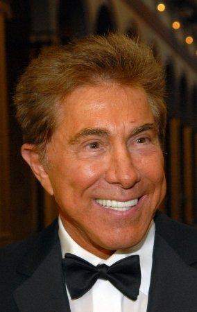 Steve, Elaine Wynn sell 2 million shares