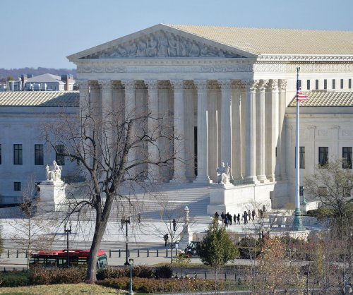 Supreme Court stays 3 Oklahoma executions pending ruling on midalozam
