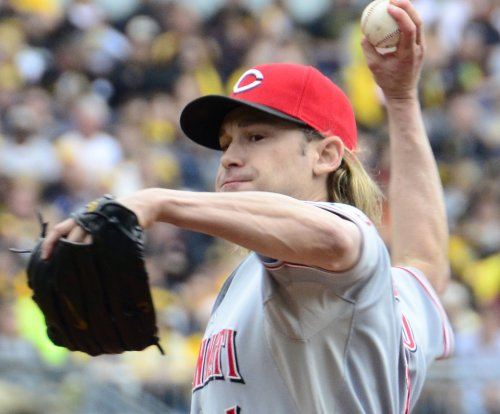 Washington Nationals RHP Bronson Arroyo to rest, rehab shoulder