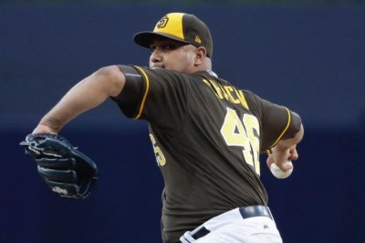 San Diego Padres halt five-game slide with 6-3 win over Kansas City Royals