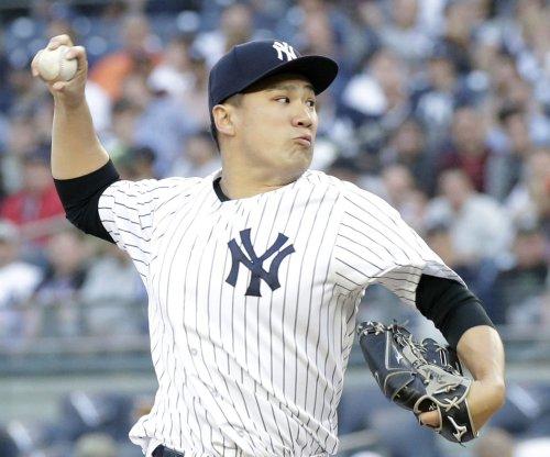 Surging Yankees, slumping Mets open Subway Series