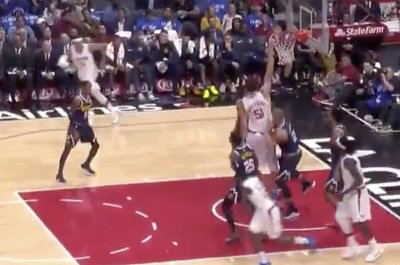Boban Marjanovic barely jumps for dunk vs. Nuggets
