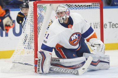 New York Islanders seek to avenge lopsided loss to Pittsburgh Penguins