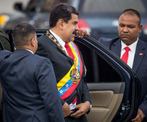 Venezuelans want Maduro out, but oppose foreign military intervention