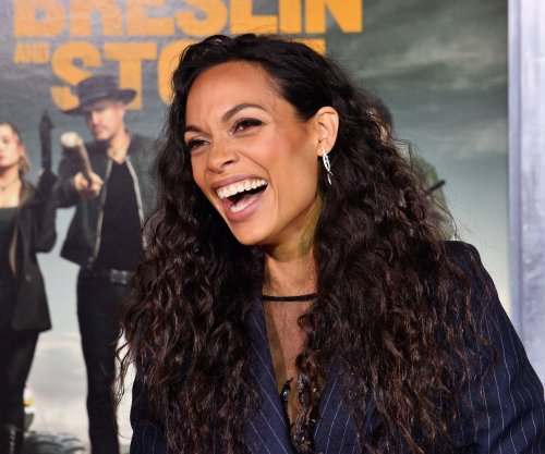 Rosario Dawson proud to play a Wonder Woman for daughter's generation