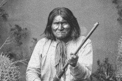 On This Day: Geronimo dies as prisoner of war in Oklahoma