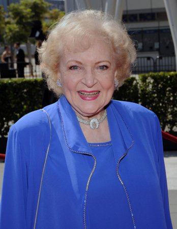 SAG set to honor actress Betty White