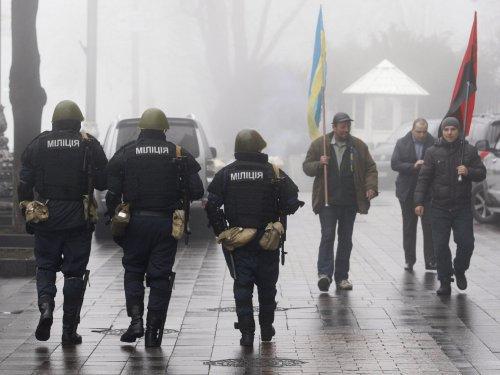 Kerry: Ukraine's territorial integrity 'must be restored, respected'