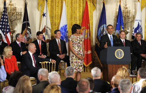 White House: U.S. businesses have hired 290,000 vets and spouses