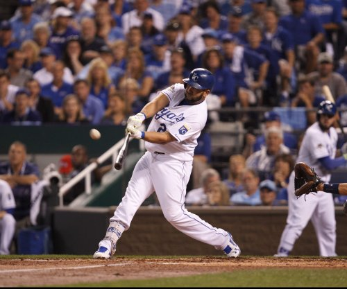 Danny Duffy, Kendrys Morales carry Kansas City Royals past St. Louis Cardinals