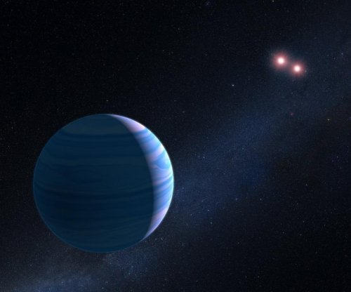 Hubble spots exoplanet orbiting binary star system