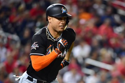 Giancarlo Stanton hits 47th homer as Miami Marlins rally past Philadelphia Phillies