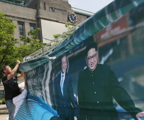 Poll: Japanese, South Koreans show gap in views on North Korea