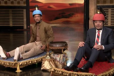 Will Smith has magic carpet race, sings 'Friend Like Me' on 'Tonight Show'