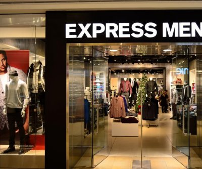 Apparel retailer Express to close 100 stores by 2022