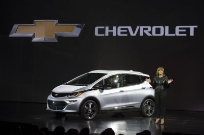 GM unveils mass-market electric Chevy Bolt during car-packed CES