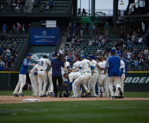 Ninth inning rally lifts Seattle Mariners past Texas Rangers