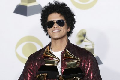 Bruno Mars 'hires' Ed Sheeran to sing on his 33rd birthday