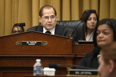 Lawmakers, Justice Dept. meet over more access to Mueller report