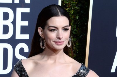 'The Witches': Anne Hathaway casts spells in first trailer