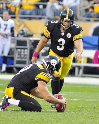 Steelers boot kicker Reed