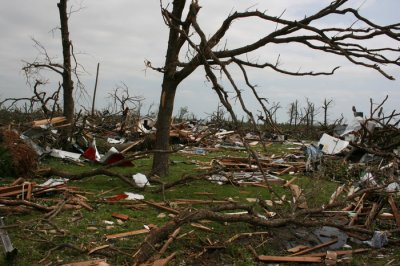 Study: Tornadoes seek high ground, do more damage going uphill