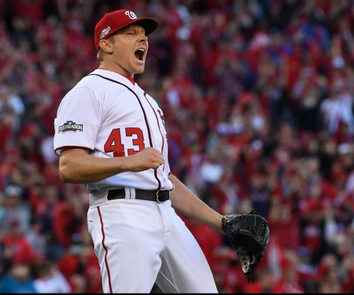 San Francisco Giants sign closer Mark Melancon