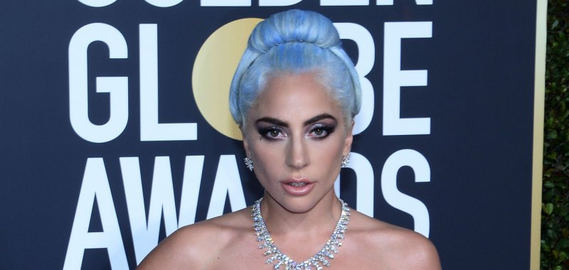 Lady Gaga, R  Kelly song removed from streaming services