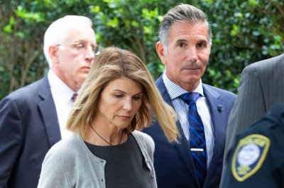 Lori Loughlin, 10 others face new bribery charges in college scam