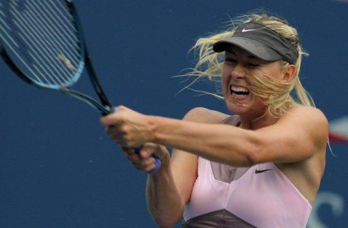 Stosur, Wozniacki advance at Kremlin Cup